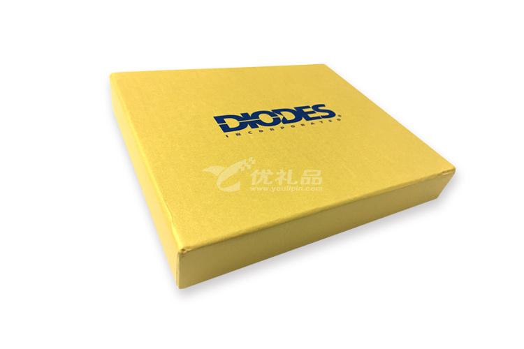 時尚商務禮品5000mah移動電源8GBS手機兩用U盤商務筆套裝定制_3