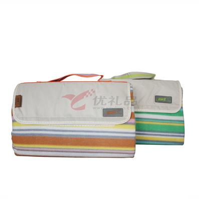 領路者折疊橫條紋野餐地毯/野餐墊
