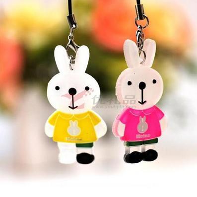 情侣兔挂件