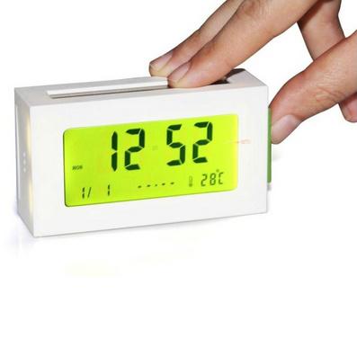 法国LEXON乐上新款 LED时钟 太阳能闹钟 双能源时钟定制