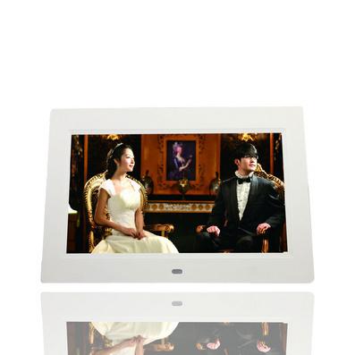 DPF8108 10寸高清多功能数码相框—时尚家居系列