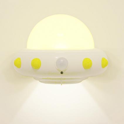 天蜗创意 飞碟小夜灯人体感应min遥控调光灯新奇特电子产品