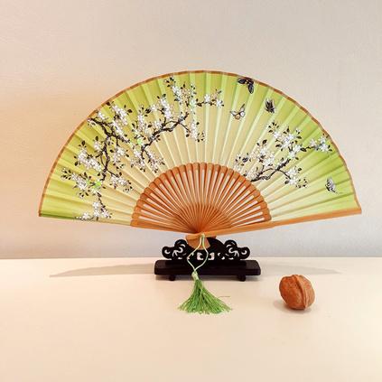 真絲扇女扇絲綢扇子中國風日式和風折扇娟扇批發定制